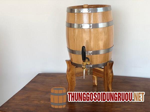 Thùng gỗ đựng rượu